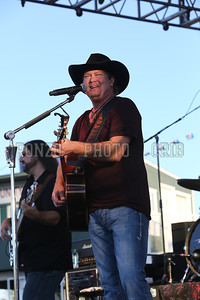 Tracy Lawrence 2013_0809-044
