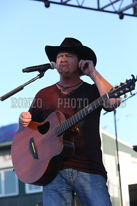 Tracy Lawrence 2013_0809-048