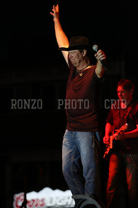 Tracy Lawrence 2013_0809-238