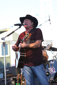 Tracy Lawrence 2013_0809-021