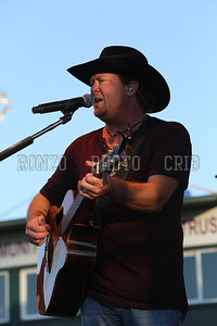 Tracy Lawrence 2013_0809-058