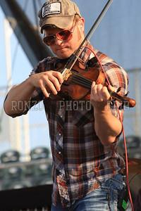 Turnpike Troubadours 2012 (36)