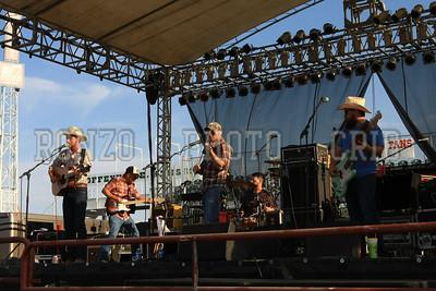 Turnpike Troubadours 2012 (82)