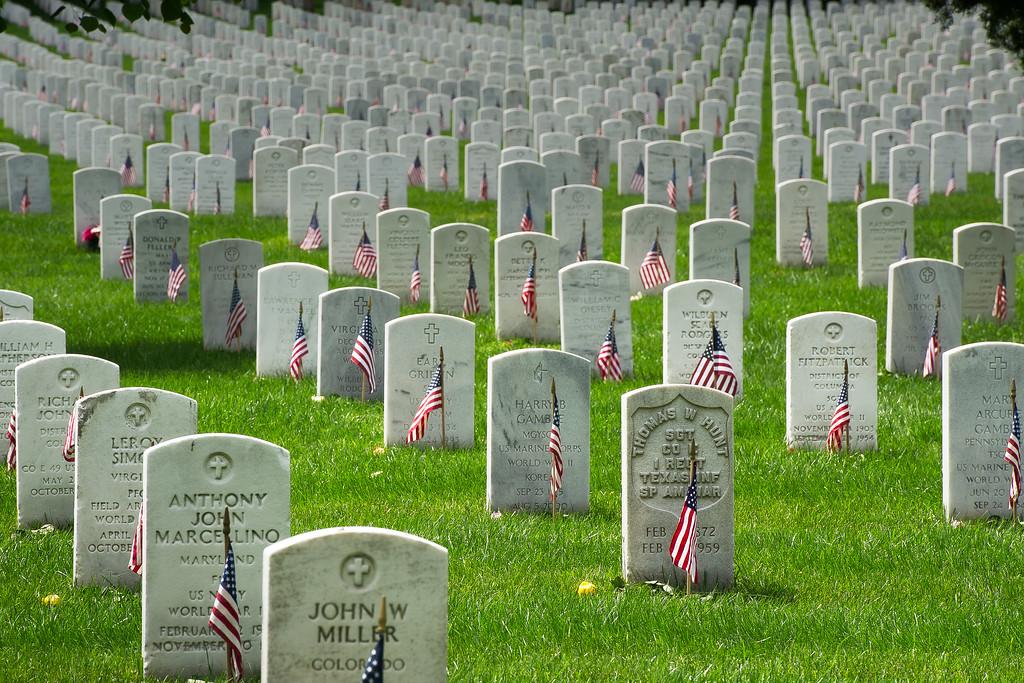 Memorial Day; Arlington National Cementary; Arlington; Virginia; USA