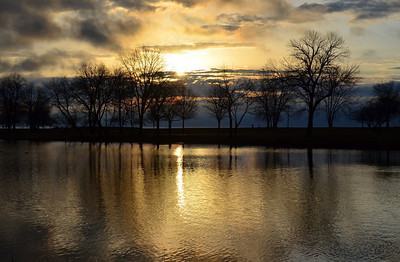 Milwaukee sunrise, Lake Park Lagoon.