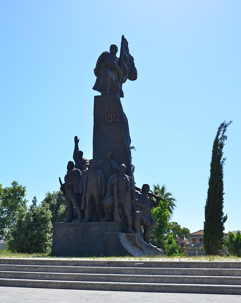 Vlora - Flag Sq. - Independence Monument
