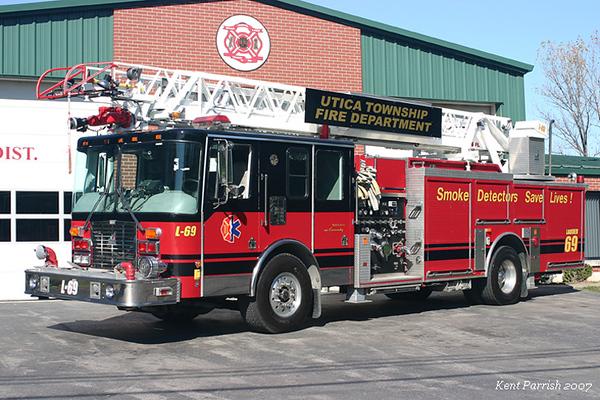 Former Ladder 69 - 1996 HME/Smeal 75ft Aerial - 1500gpm/400gal