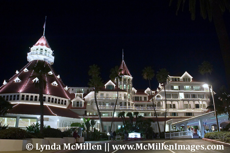 Entrance drive of Hotel Del at night #1