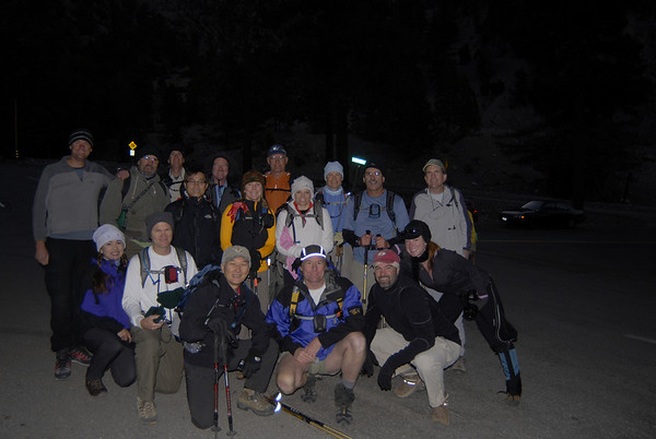 The group ready to hikeat 6:15 AM.