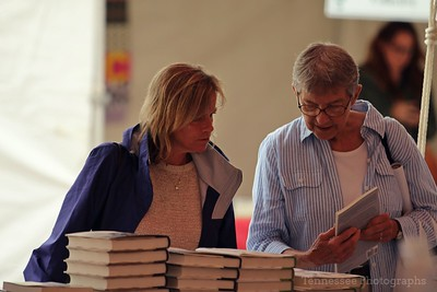 Shopping at the Parnassus Books tent