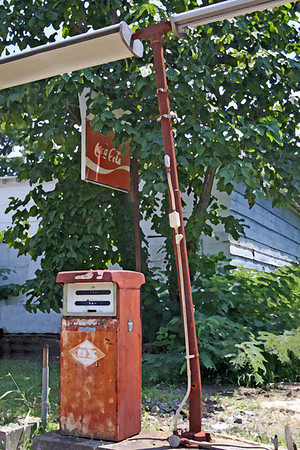 Great southern buildings and architecture from our past and present. Old gas pumps! Still around after all this time. Southern transportation comes in all forms. From tractors to mules, from trains to boats!