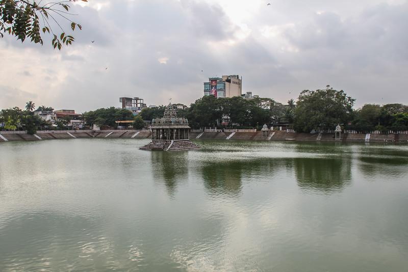Kapaleeswarar Temple (17C) (Chennai)
