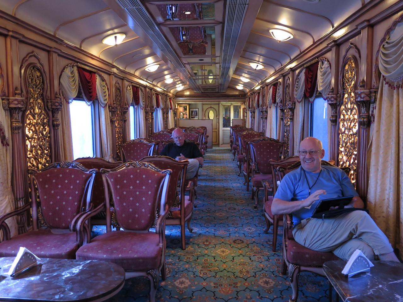 Golden Chariot Lounge Car