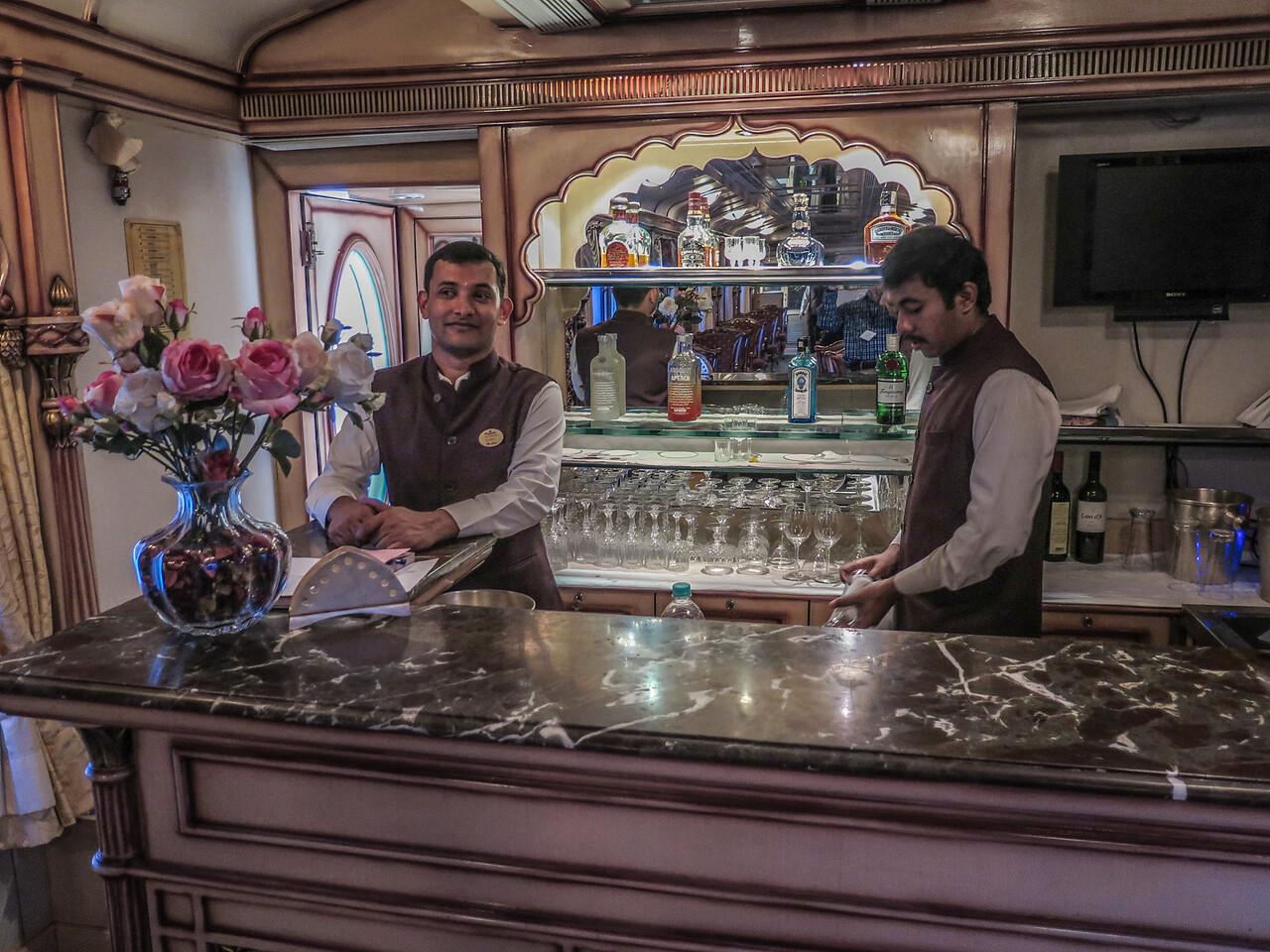 Golden Chariot Bar