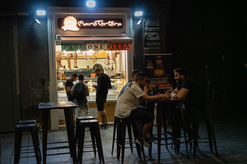 Naples Italy: the hangout.