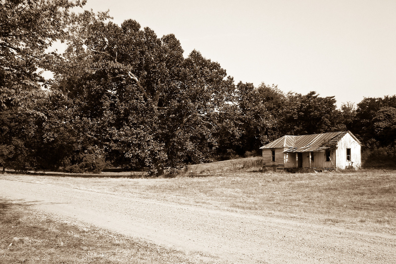 Some photos just scream for Black and White! These Mississippi Delta photos are no exception. Great southern buildings and architecture from our past and present.
