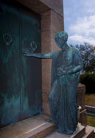 """Josie"" in Metairie Cemetery"