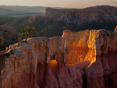 Sunset Arch at Bryce Canyon