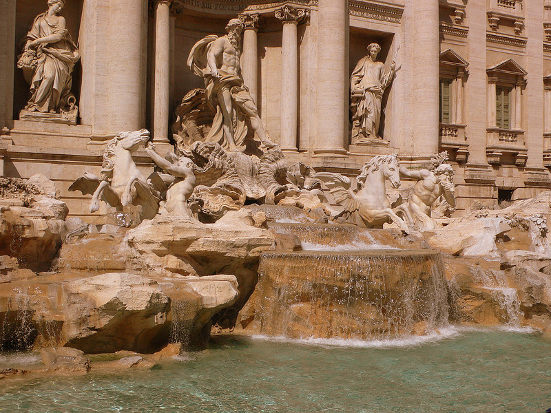 The fountains are built on the confluence of 3 roads that mark the ancient aqueducts that supplied water to ancient Rome.
