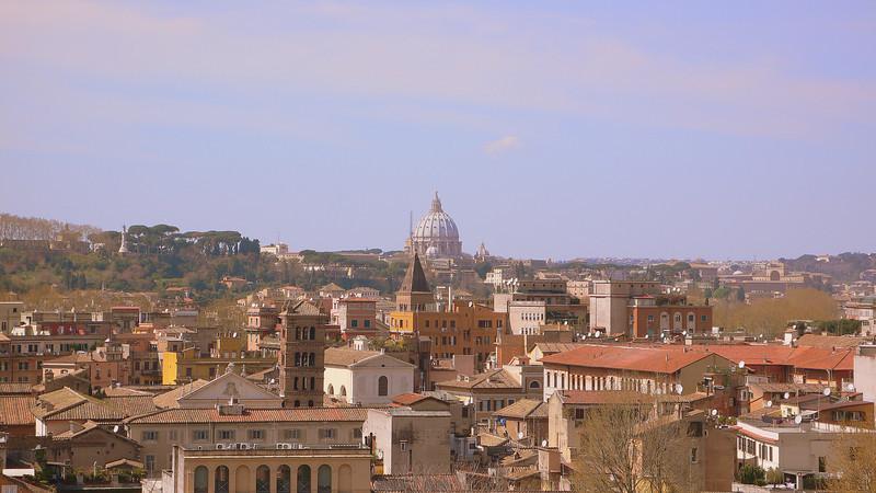 St. Peter's seen from Giardino degli Aranci.