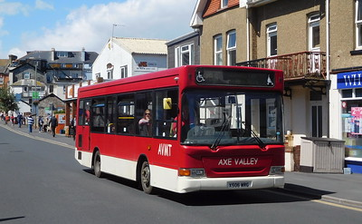 X506WRG - Seaton (Harbour Road)