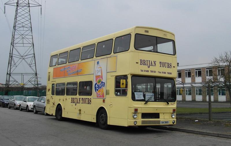 53 - SUI7653 - Brijan depot, Botley