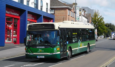 419 - YR10AZA - Eastleigh (Station Hill)