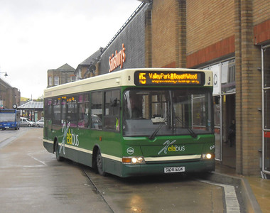 406 - S106EGK - Eastleigh (bus station) - 28.4.12