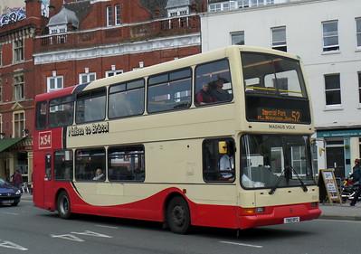 T810RFG - Bristol (Colston Avenue)