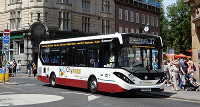 YX68AJV - Brighton (Castle Square)