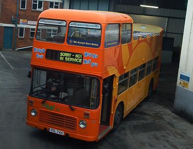 682 - XDL872 - Ryde depot - 16.2.04