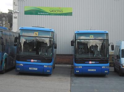 7002 (P308CTT) and 7005 (M305KOD) - Ryde (depot) - 21.1.12