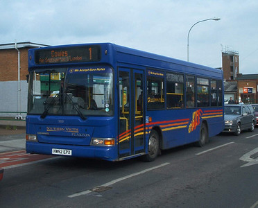 3301 - HW52EPX - Newport (South St) - 6.3.04