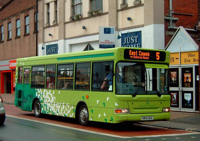 3319 - HW54BUA - Newport (South St) - 7.4.05