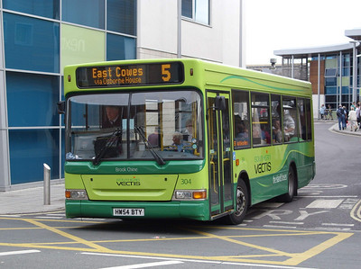 3317 - HW54BTY - Newport (bus station) - 5.8.08
