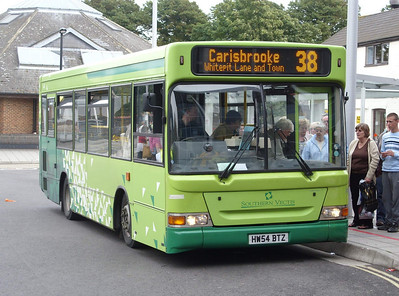 3318 - HW54BTZ - Newport (bus station) - 5.8.08