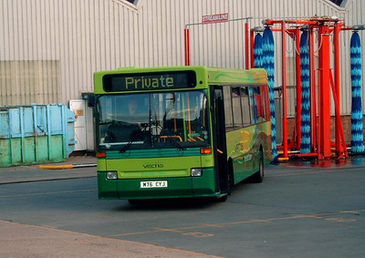 901 - M76CYJ - Ryde depot - 8.8.07