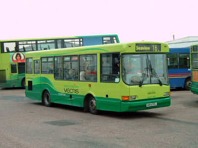 814 - N814PDL - Ryde (bus station) - 26.10.07