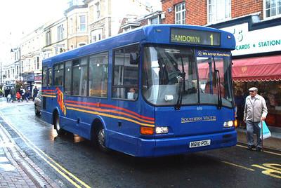 810 - N810PDL - Ryde (High Street) - October 2003