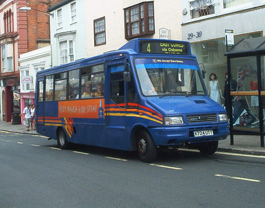 257 - K724UTT - Ryde (Cross St) - 28.7.04