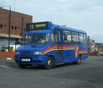 243 - N243PDL - Newport (old bus station) - 6.3.04