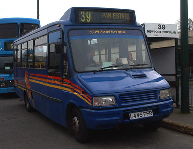 260 - L445FFR - Newport (old bus station) - 16.2.04