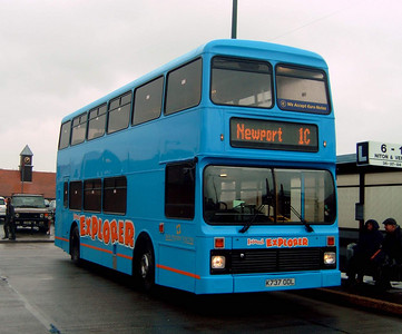 737 - K737ODL - Newport (old bus station) - 7.4.05