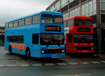 737 and 738 - Newport (bus station) - 7.4.05