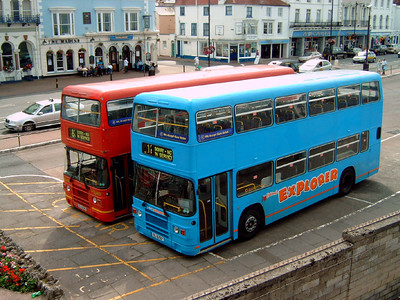 726 and 727 - Ryde (bus station) - 3.8.05