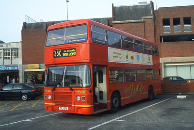 711 - TIL6711 - Newport (bus station) - 30.10.03