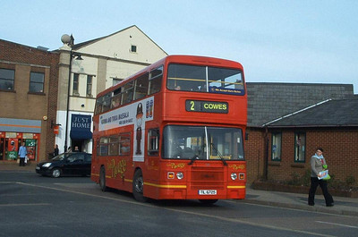 725 - TIL6725 - Newport (bus station) - 30.10.03