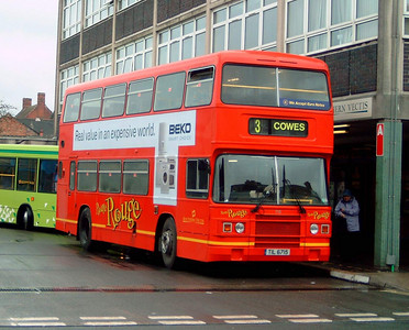 715 - TIL6715 - Newport (bus station) - 7.4.05