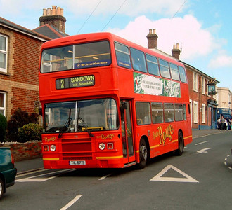719 - TIL6719 - Shanklin (Clarendon Rd) - 20.8.04