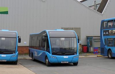 3805 - HW62CGY - Ryde (depot) - 21.9.13